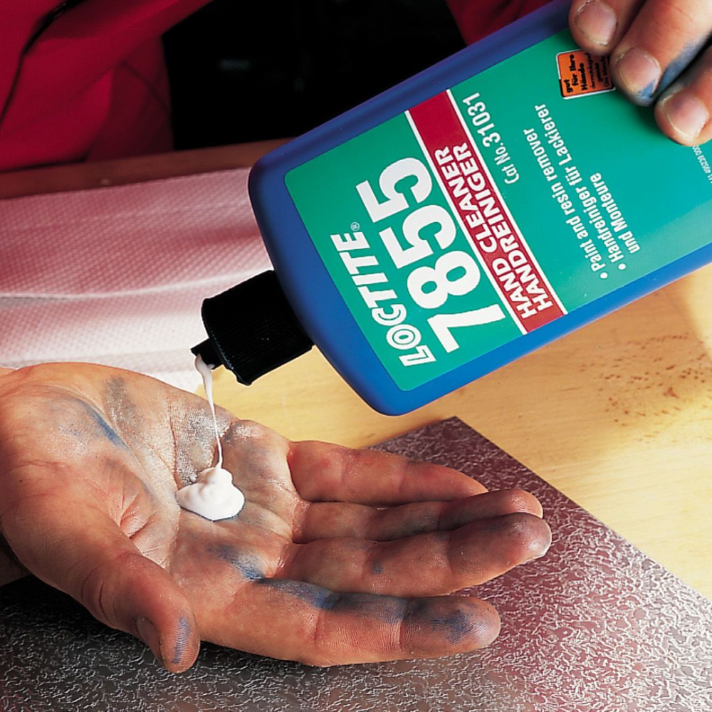 Loctite 7855 hand cleaner for removing paint, resin and adhesive